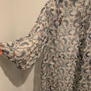 Vince Camuto floral button down dress coverup OS